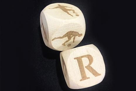 Гравировка на кубиках из натурального дерева